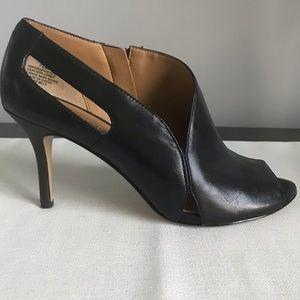 Nine West Black Leather Shoes/Heels